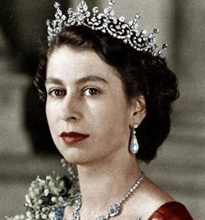 Picture for category Queen Elizabeth II